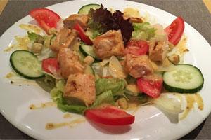 Kotopoulo Salat (Hähnchen)